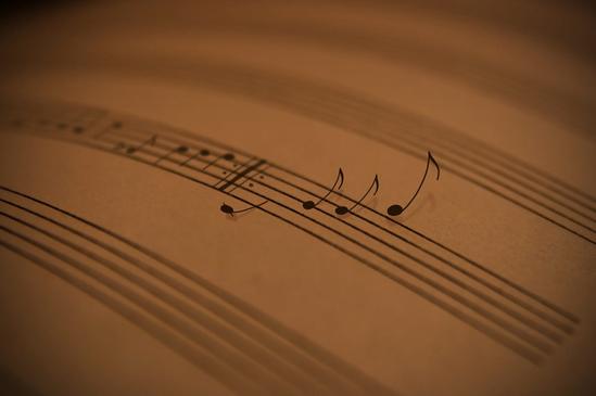 слушать иностранных певцов